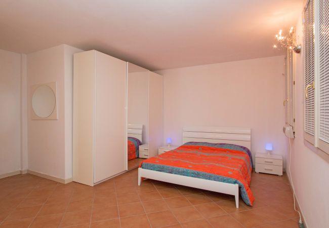 Appartement in Manerba del Garda - Borgo del Torchio H2