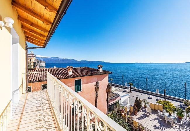Apartment in Gardone Riviera - Casa Riva 4